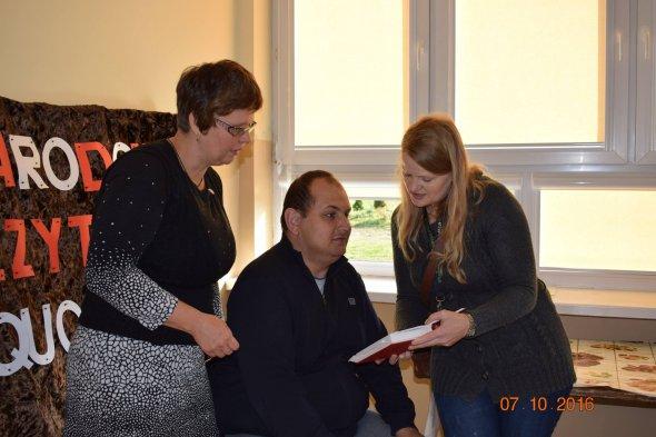 Narodowe Czytanie w Warsztacie Terapii Zajęciowej w Sędku